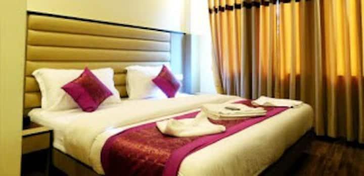 Private rooms In paharganj