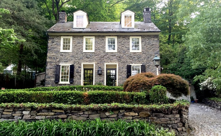 Pierre House: 1790 Bucks County Stone Home