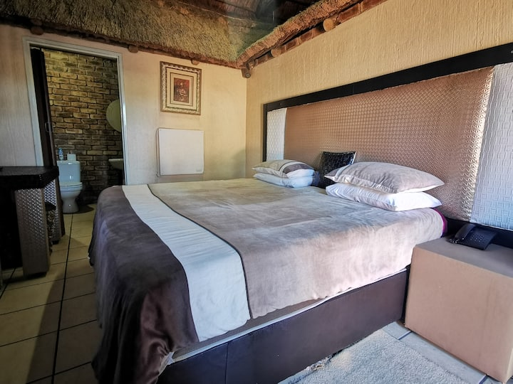 Guesthouse Bed and breakfast R580 per Room