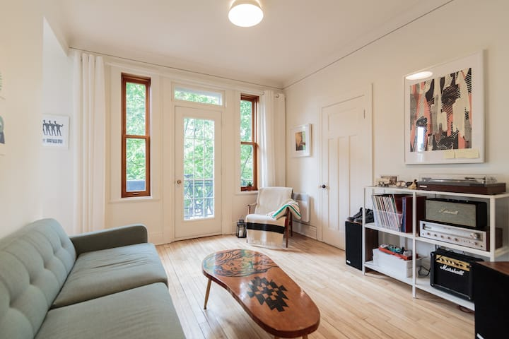 Perfect Apartment in the Plateau