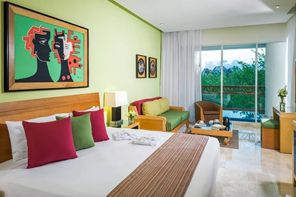 Bedroom / Quarto / Cuarto