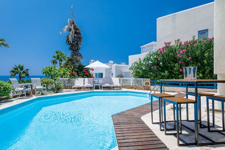 ★★★★ 007-Bond: 4-bedroom (up to 12 guests) seafront family villa near Cynthiana beach by Paphos4U.Club