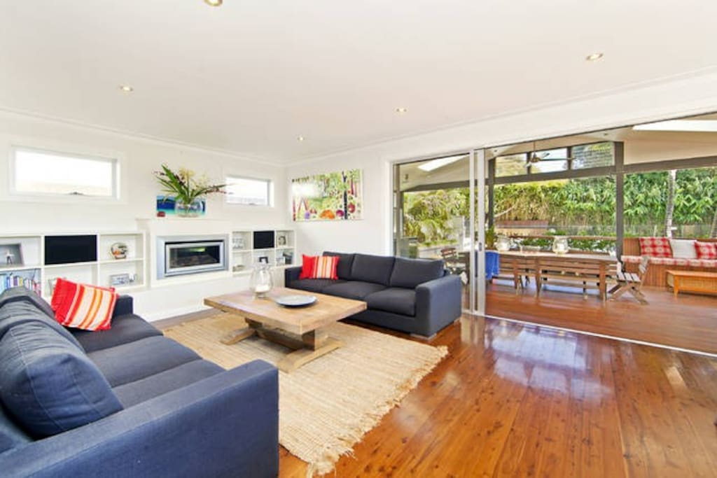 Stunning open plan living with seamless integration to outdoor dining/BBQ pavillion