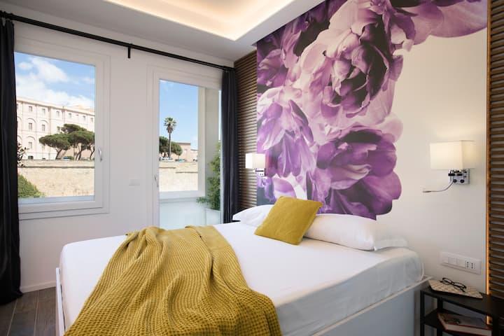 Vista Suites Piazza Yenne violet