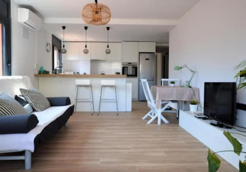 BRAND NEW & BEST LOCATION!!! SPOTLESS APARTMENT