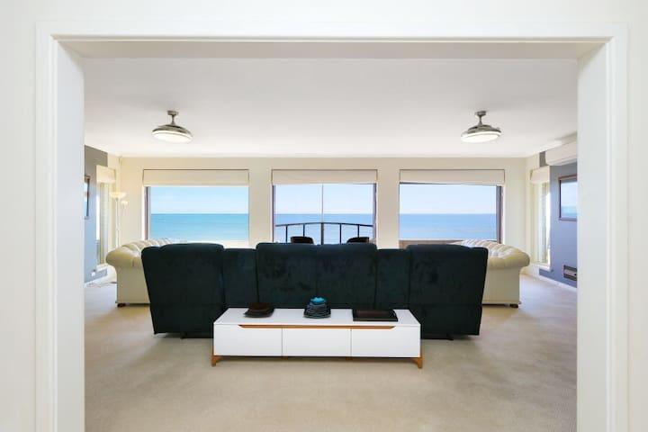 Sea La Vie...  The Best view  in Falcon!