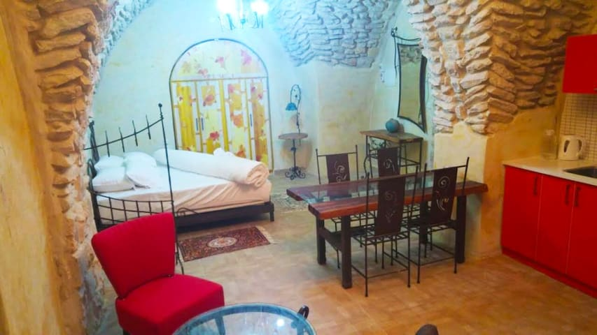 Beit Rimon, studio apartment,  Old City Zefad - Safed - Apartament