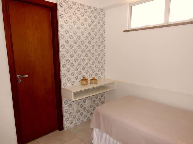 suite 03