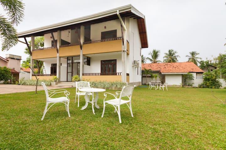 Sunrise Palace - Negombo - Bed & Breakfast