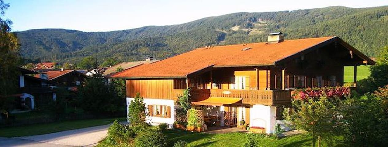 Appartment with beautiful view - Inzell - Lakás