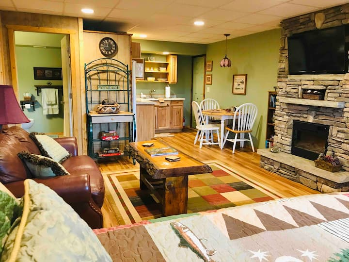 Blue Ridge Getaway, Pet Friendly