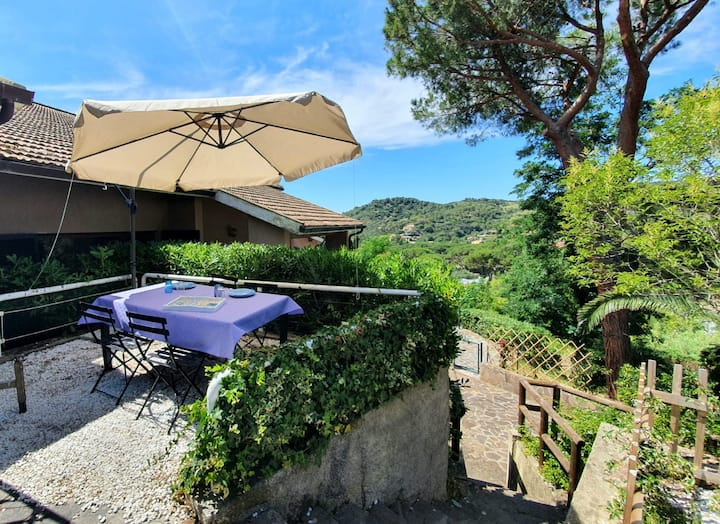 Tranquil Apartment Bagnaia with Terrace, Mountain View & Air Conditioning; Parking Available