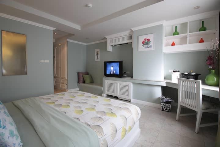 Twin Room top build+ Suthep view on Nimman