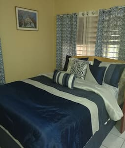 Cozy 1 bedroom Apt in Beverly Hills, Kingston, JA