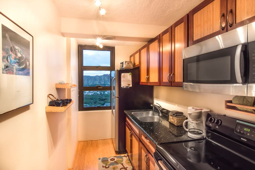 Enjoy views of Diamond Head while you cook in your full kitchen!