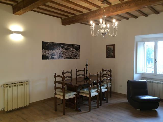nonna Marsilia's home - Gubbio - Apartamento