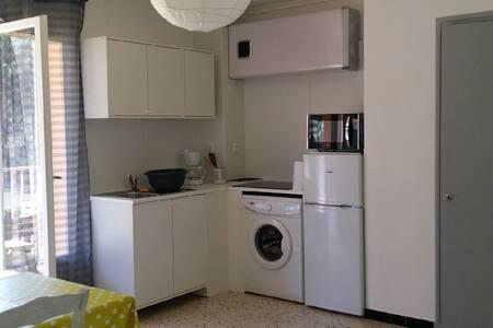Appartement saisonnier, Presqu'île de Giens - Hyères - Huoneisto