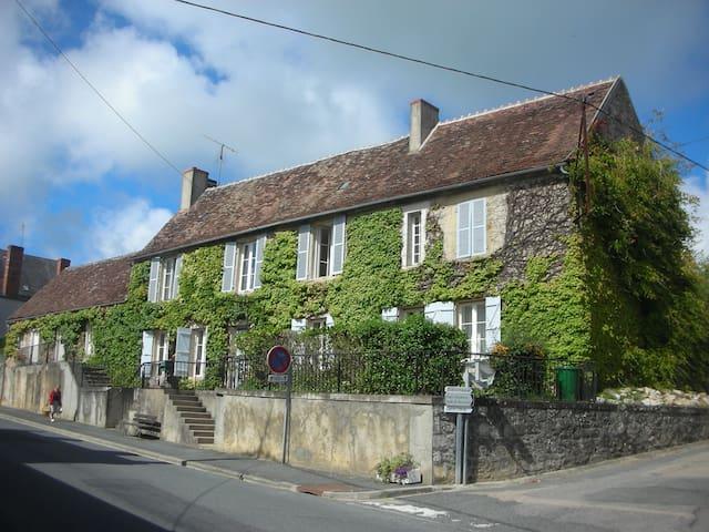 Maison de famille - Prissac - House
