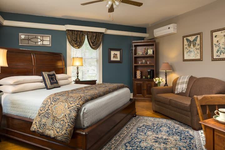 Blue Ridge Room - Andon-Reid Inn