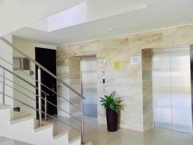 Exclusivo apartamento/terraza priv/piscina/gym.