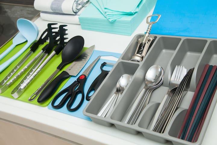 キッチンツール、カトラリー/Kitchen tools & Silverware