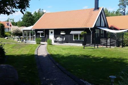 Modern summer house with outdoor spa - Kalmar N