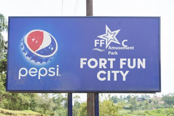 FortFun City, FortPortal