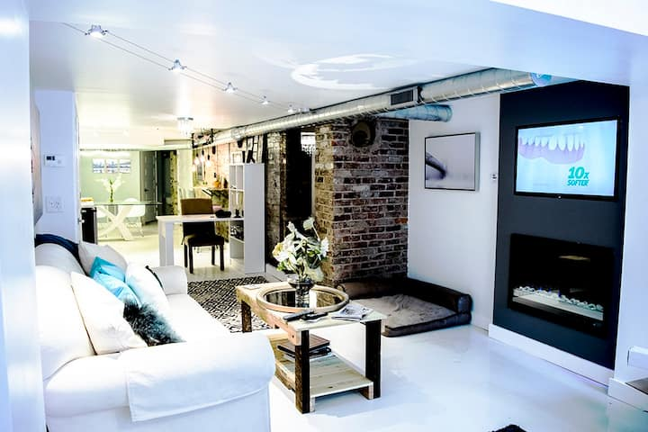Urban Studio Loft - Ultra Chic!