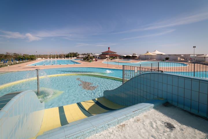 House R31274 for 4+2 pers with pool in Albarella