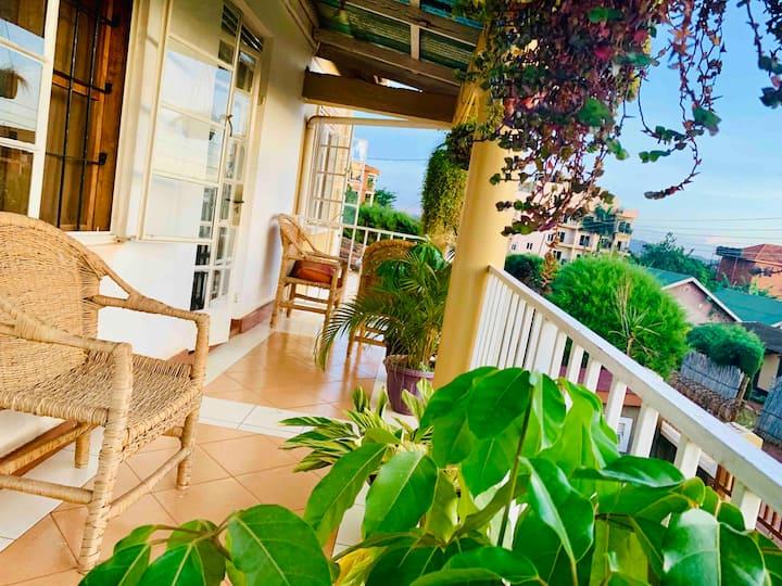 Kerna Balcony View (Unlimited WIFI) Girls Only!