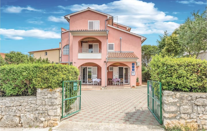 Amazing home in Pula with WiFi and 0 Bedrooms