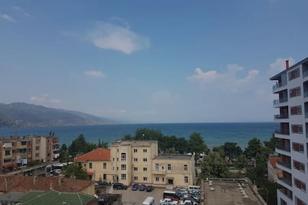 Unique lake view apartment - Pogradec - Wohnung
