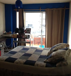 Luminoso y amplio estudio c/balcon - Montevideo - Loft