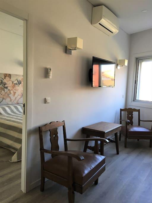 Do quarto para a sala   From bed room to the living room