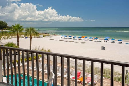 Beachfront Pool and Beautiful Patio.  Perfectly Located on the Sand in Madeira Beach. - Madeira Beach