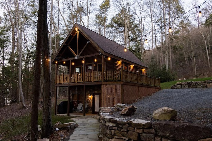 *DONT MISS* CABIN ON THE RIVER ~ YOUR PRIVATE ESCAPE