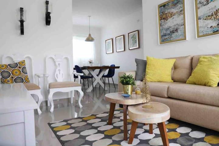 Nuevo, Luminoso y Acogedor Apartamento