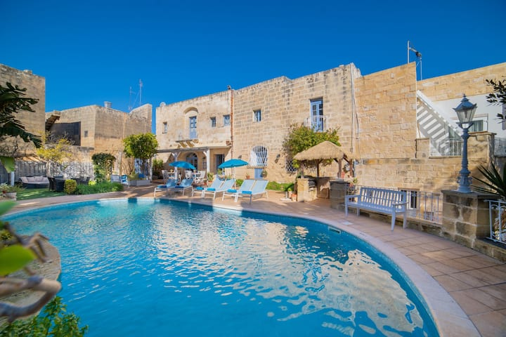 Village Knights B&B - Mdina Room
