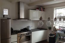 The modern and fully equipped kitchen