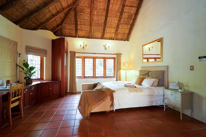 Spacious Lodge in Pretoria