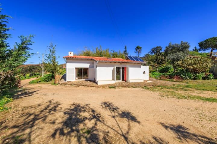 Vale do Sol -comfortable house  in the countryside - Mexilhoeira Grande - Hus