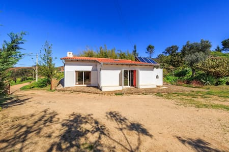 Vale do Sol -comfortable house  in the countryside - Mexilhoeira Grande - Casa