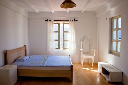 Room in a 4-Bedroom Rural House in Crmnica - Virpazar