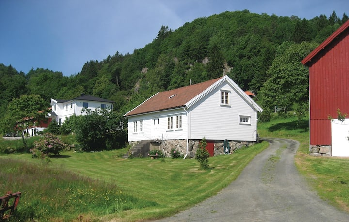 Beautiful home in Lyngdal with 3 Bedrooms