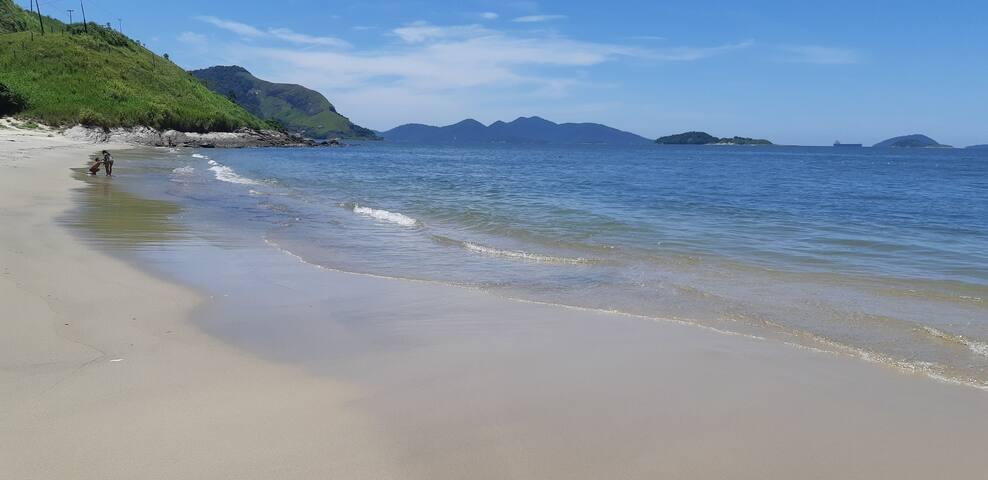 Casa-Aldeia dos Reis-costa verde-praia privativa!
