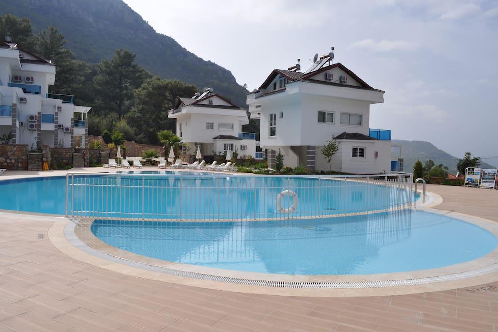 Orka Royal Hills Apartments D-1