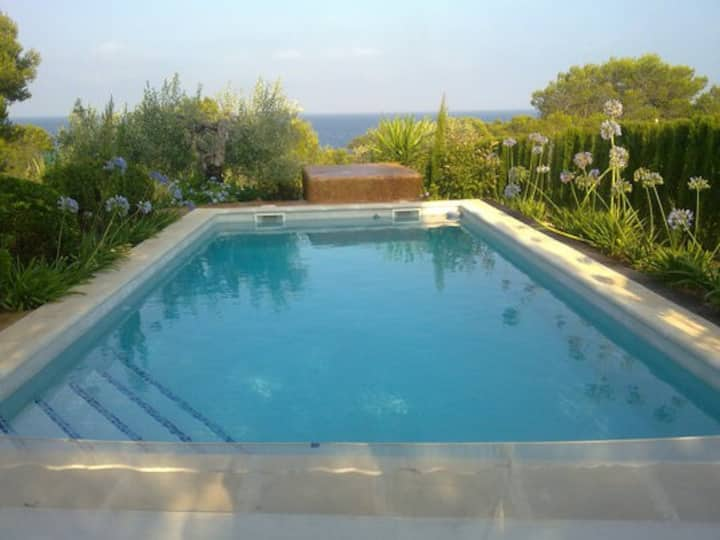 Villa at 70m over sea