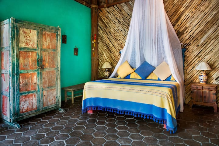 El Nido Bed and Breakfast - Palapa Room #6