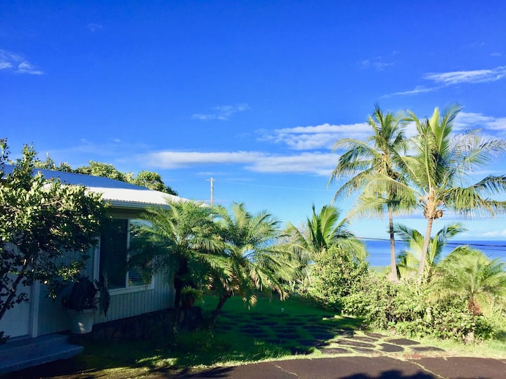 Plumeria Cottage in Kealakekua Bay