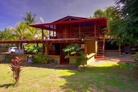 Tropical Paradise-Cabina in Pavones - Pavones